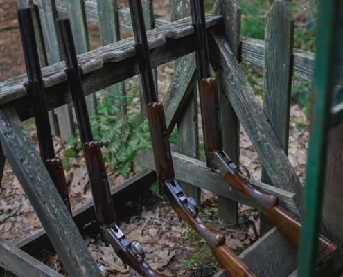 trípode para apoyar rifles