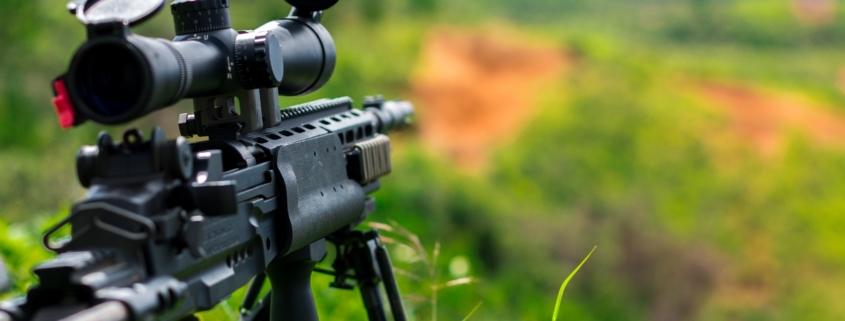 bípodes y trípodes para apoyar rifles